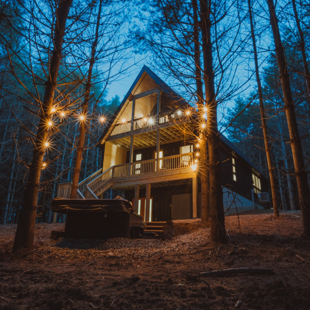 Where to Stay in Hocking Hills Ohio